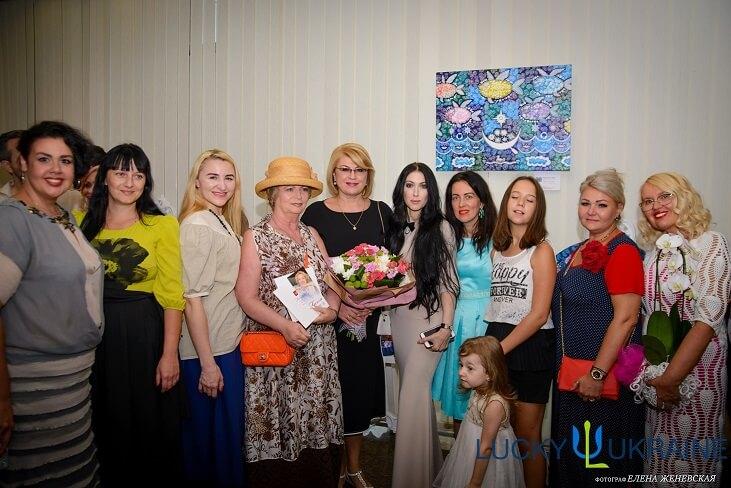 У Києві відбулося грандіозне відкриття виставки Оксани Фурса