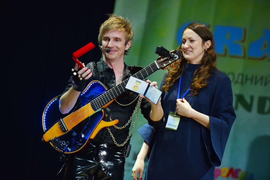 Гітарист Flame отримав звання заслуженого артиста України