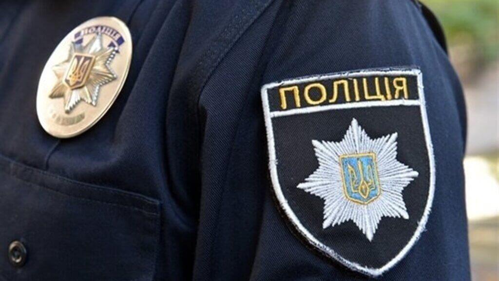 Поліція викрила злочину групу, яка підробляла сертифікати відповідності на «євробляхи»