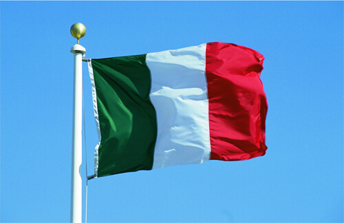 Низка регіонів Італії хоче купувати COVID-вакцини незалежно від уряду