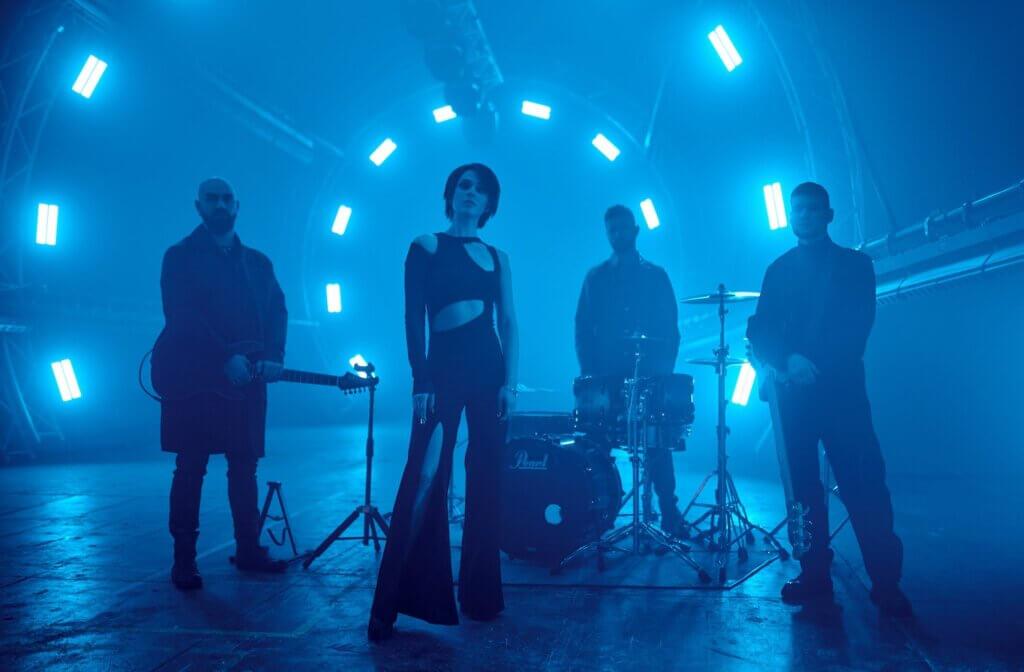 The HARDKISS представляють сингл «Обійми» — заголовний саундтрек до короткометражного фільму Каті Царик, яка також стала режисером кліпу