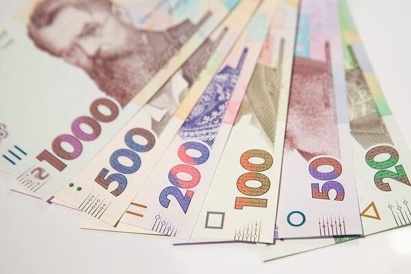 """ФОПи у """"червоній"""" зоні карантину отримають по 8 тисяч гривень допомоги"""