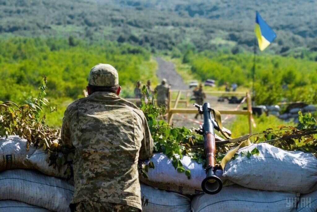 Ситуація на Донбасі: бойовики тричі порушили перемир'я